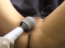 失禁マニアが泌尿器科の医師になった結果 電マで女性をおもらしさせまくり