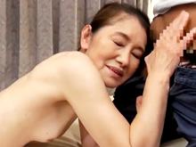 70歳のおばあちゃんに中出しする孫 古希を迎えても性欲が強い高齢熟女の近親相姦