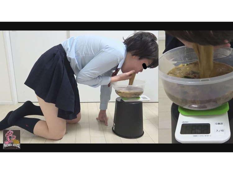 援交女子校生の強制嘔吐2