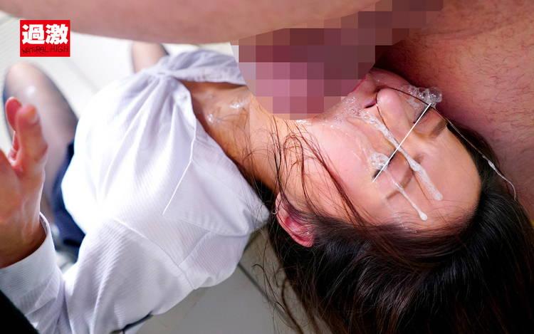 イラマチオ喉射精…5