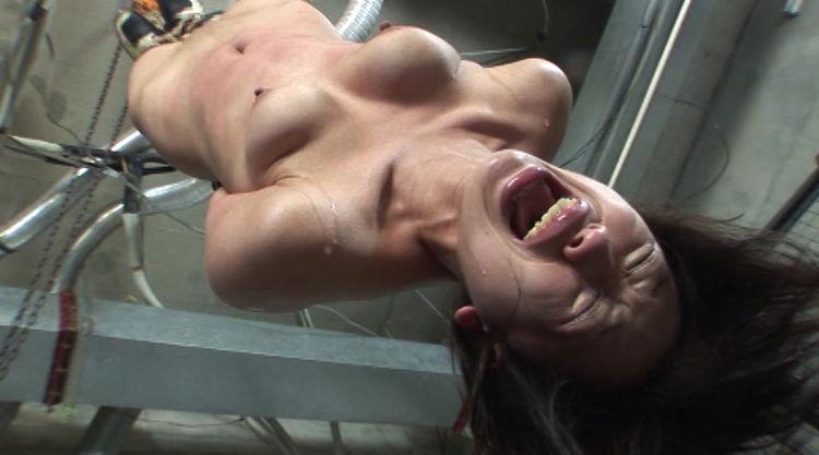壮絶なSM調教で泣き叫ぶ女…12